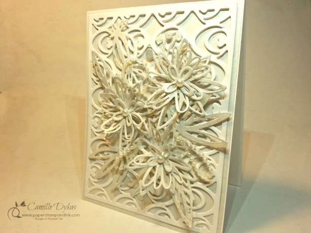 Flowers in White (set of two cards)