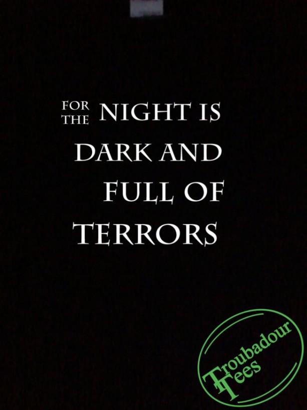 For The Night Is Dark T-Shirt GoT Melisandre Fan