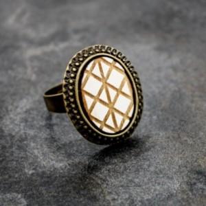 Geometric Ring (White)