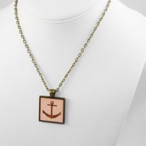 Cameo Pendant - Anchor (Pale Pink)
