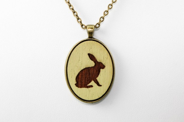 Cameo Pendant - Bunny (Pale Green)