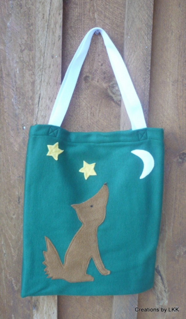Hunter Green Fleece Bag With Coyote, Moon, And Stars Decorations