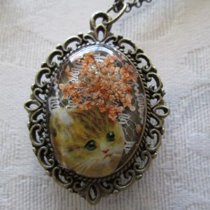 Tan Victorian Cat Kitten and Orange Flowers Bronze Tone Pendant