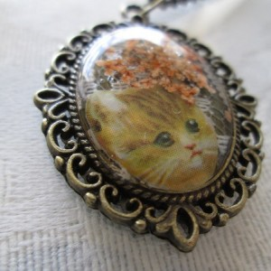 Tan Victorian Cat Kitten and Orange Flowers Bronze Tone Pendant