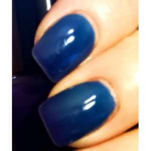 """Ombre Color Changing Thermal Nail Polish - """"Razzleberry"""" - Blue to Purple - Temperature Changing - 0.5 oz Full Sized Bottle"""