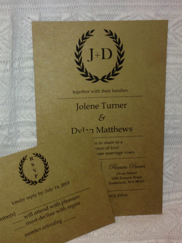 Rustic Love Wedding Invitations / Personalized Wedding Invite Set of 25