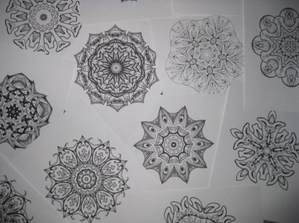 Mandala Kaleidoscope Coloring Pages Cd - Volume 9 - Free Shipping