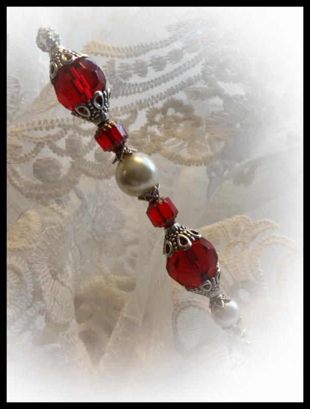 """The Queen's Sceptre"" 6 inch Garnet Red and Cream Pearl Hat Pin"