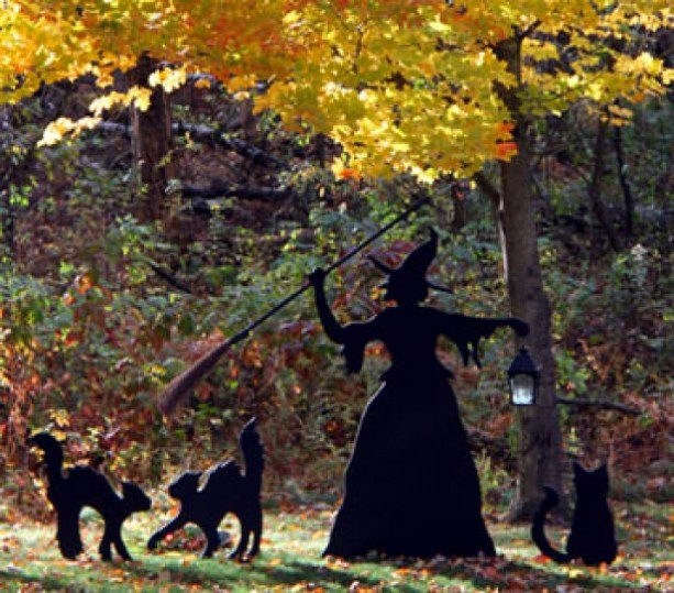 Spooky Witch and Cat Trio Halloween Yard Decoration Set - Black